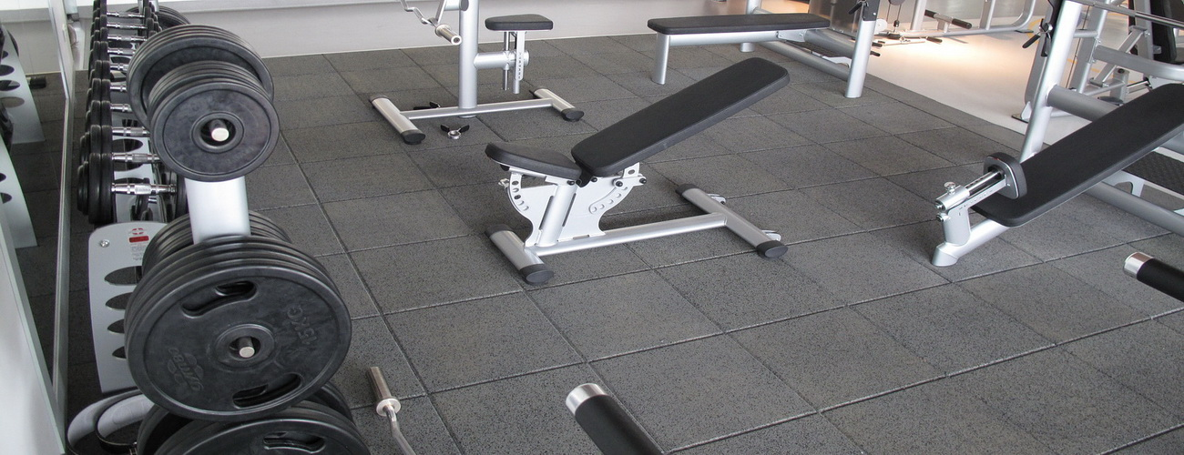 RUBBER SURFACES FOR GYMS AND FITNESS CENTERS